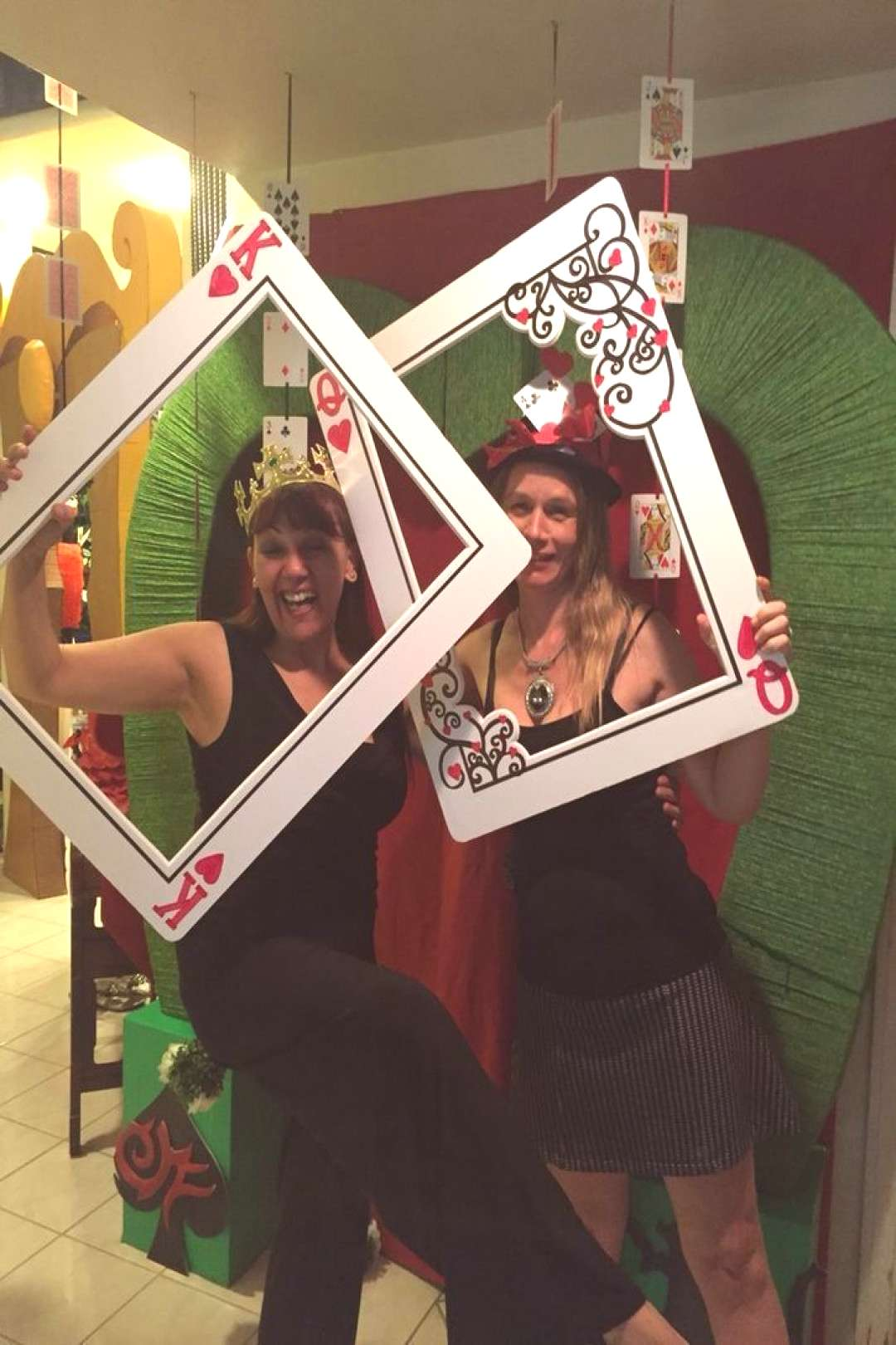 � PHOTO BOOTH – A BIG HIT AT YOUR CASINO PARTY � Do you want to own the hottest casino party
