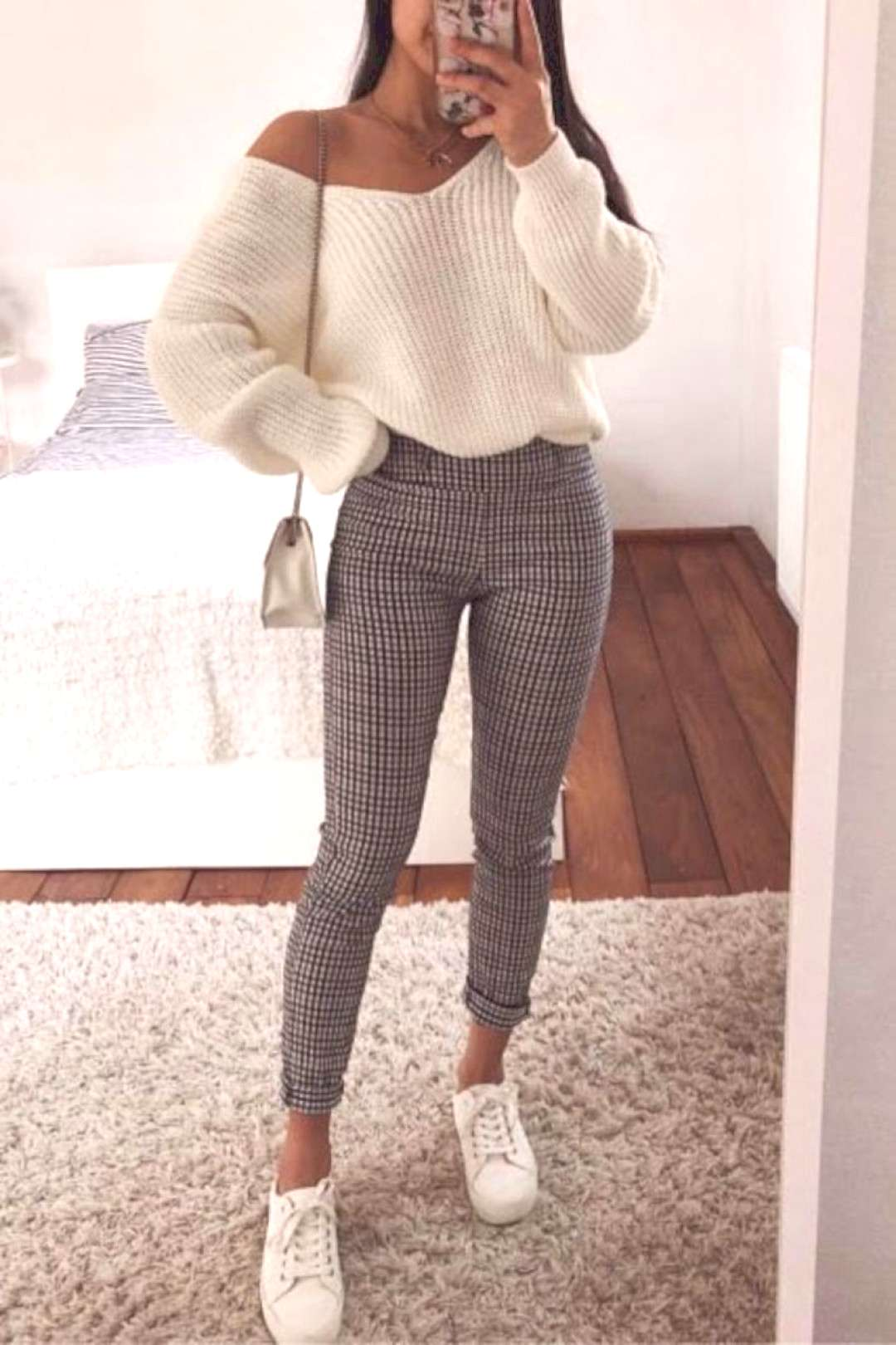 30+ Casual Spring Outfit Ideas for Women 2019 This outfit is a great ch... - 30+ Casual Spring Out