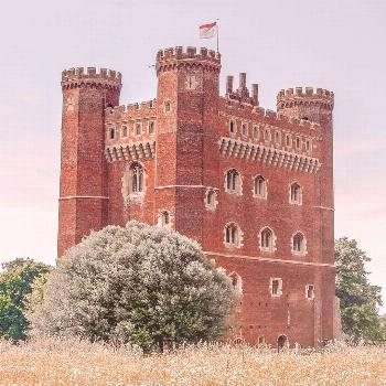 17 Best Castles In England To Visit - Lyons-la-Foret, Eure, Normandy 17 Best Castles In England To