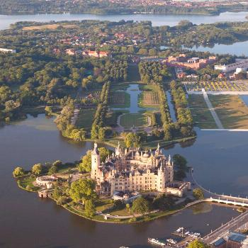 5 Castles You Absolutely Must Visit In Your Lifetime