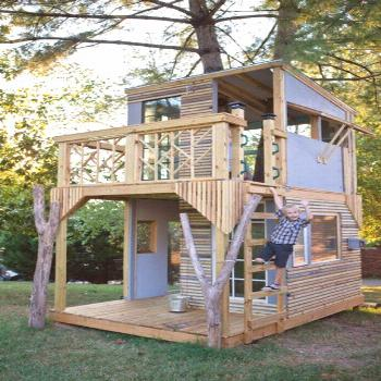 Children's playhouses in the backyard - 12 cool castles for your little ones -  Children's playhous
