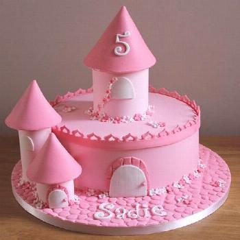 one tier castle cake | Fays cakes | Flickr