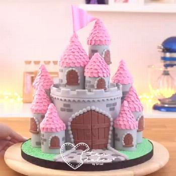 Princess Castle Cake Princess Castle Cake.  Credit: @grisel_tandulce