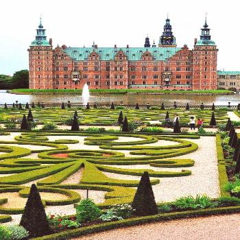 Top 50 Most Beautiful Castles Around The World Some of these castles were built to stand for a thou