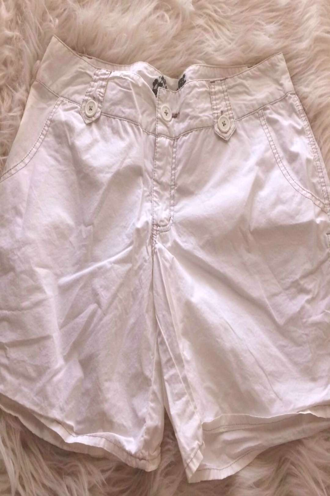 Mossimo womens 13 Shorts white flat front Walking Hiking pockets Cotton Casual