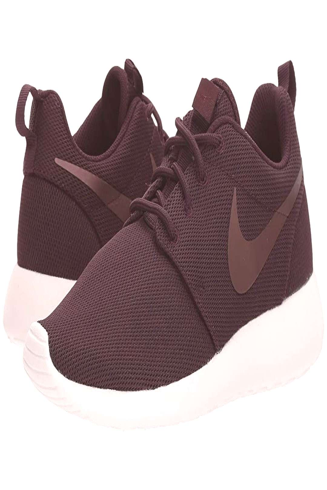 Nike Roshe One (Port Wine/Metallic Mahogany/Summit White) Womens Shoes. Go from sweating it out a
