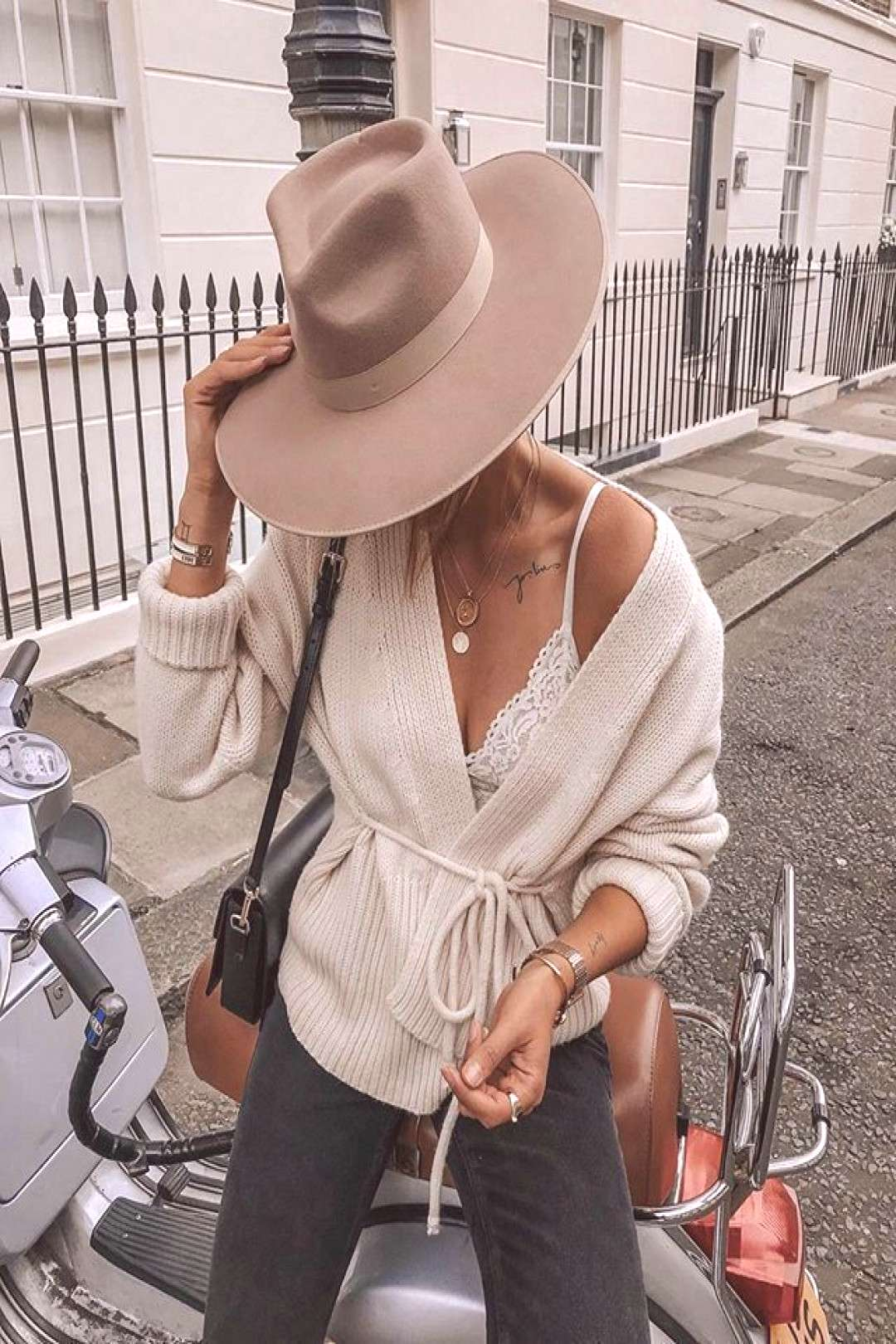 Zulu Rancher in 2020 | Style, Outfits with hats, Informal fall outfits